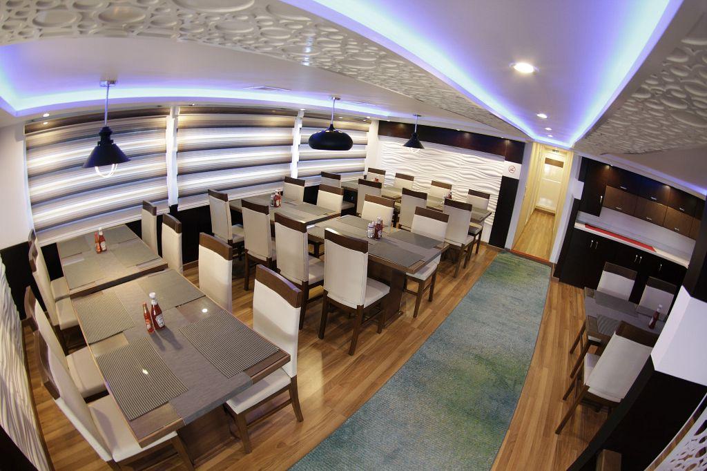emperor echo restaurant